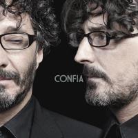 Canción 'En el baño de un hotel' del disco 'Confiá' interpretada por Fito Paez