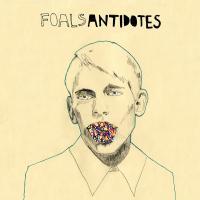 Canción 'Heavy Water' del disco 'Antidotes' interpretada por Foals