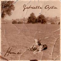 Canción 'Home' del disco 'Home EP' interpretada por Gabrielle Aplin