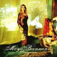 Canción 'Gone Are The Days' del disco 'Signature' interpretada por Moya Brennan