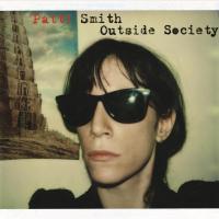 Outside Society de Patti Smith