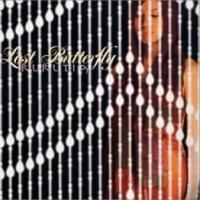 Canción 'Lost Butterfly' del disco 'ロスト バタフライ (Lost Butterfly)' interpretada por Rurutia
