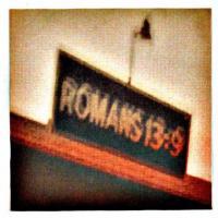 Canción 'Night Train' del disco 'Romans 13:9' interpretada por Cigarettes After Sex