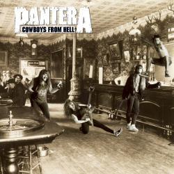 Disco 'Cowboys From Hell' (1990) al que pertenece la canción 'Shattered'