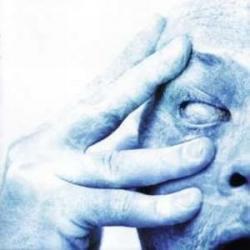Disco 'In Absentia' (2002) al que pertenece la canción 'Trains'