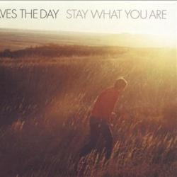 Disco 'Stay What You Are' (2001) al que pertenece la canción 'This Is Not An Exit'