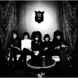 Disco 'Strange House' (2007) al que pertenece la canción 'Count In Fives'