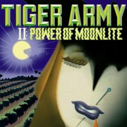 Disco 'II: Power of Moonlite' (2001) al que pertenece la canción 'Grey Dawn Breaking'