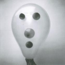 Disco 'A Hundred Days Off' (2002) al que pertenece la canción 'Trim'