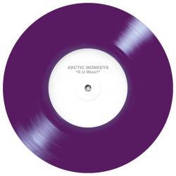Disco 'R U Mine? [Single]' (2012) al que pertenece la canción 'R U Mine?'