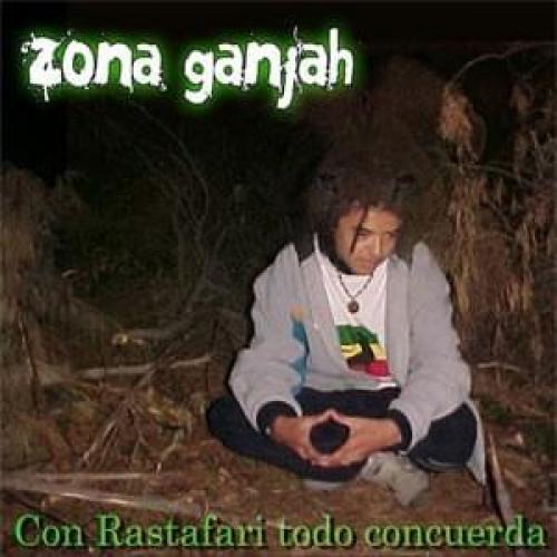 Con rastafari todo concuerda - Fuma Del Humo Y Sana