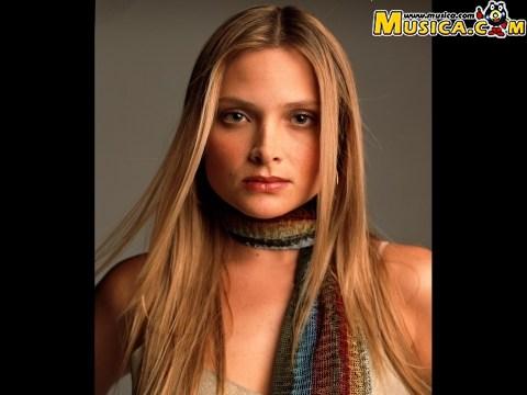 Nicole (Denisse Laval)