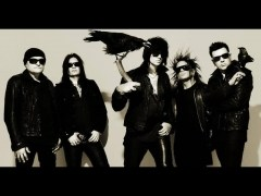 Canción 'Angel On My Shoulder' interpretada por The 69 Eyes