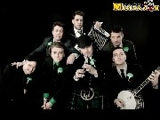 Canción 'Bar Room Hero' interpretada por Dropkick Murphys