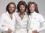 Canción 'Bee Gees  Stain Alive' interpretada por Bee Gees