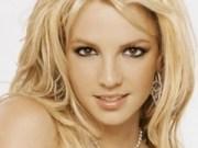 Canción 'Oops!...I Did It Again' interpretada por Britney Spears