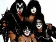 Canción 'Shout it loud loud' interpretada por Kiss