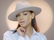 Canción 'Bailando (Cover Enrique Iglesias)' interpretada por Lisenny
