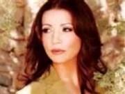 Canción 'Vuelve a Casa Papa' interpretada por Paola Marino