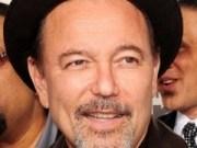 Canción 'Aguacero' interpretada por Rubén Blade