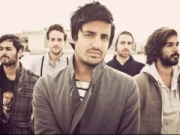 TITUS WAS BORN letra YOUNG THE GIANT