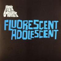 Canción 'Fluorescent adolescent' interpretada por Arctic Monkeys
