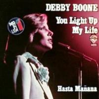 Canción 'You Light Up My Life' interpretada por Debby Boone