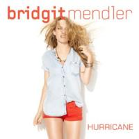 Canción 'Hurricane' interpretada por Bridgit Mendler