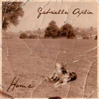 Canción 'Let me in' interpretada por Gabrielle Aplin