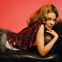 Canción 'Chocolate' interpretada por Kylie Minogue