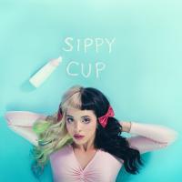 Canción 'Sippy Cup' interpretada por Melanie Martinez
