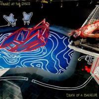 Canción 'Emperor's New Clothes' interpretada por Panic! At The Disco