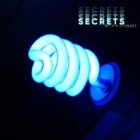 Canción 'Secrets' interpretada por WHTKD