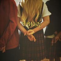 Canción 'I Wish' interpretada por Hayley Kiyoko