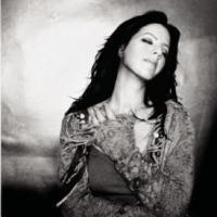 Canción 'Dirty Little Secret' interpretada por Sarah McLachlan