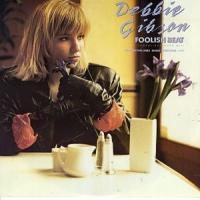Canción 'Foolish Beat' interpretada por Debbie Gibson