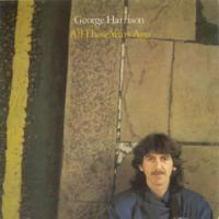 Canción 'All Those Years Ago' interpretada por George Harrison