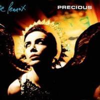Canción 'Precious' interpretada por Annie Lennox