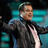 Canción 'Hoy todos mis días' interpretada por Juan Gabriel