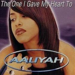 Imagen de la canción 'The One I Gave My Heart To'