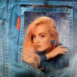 Imagen de la canción 'Blue Jeans'