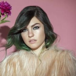 Imagen de la canción 'Excited'