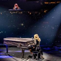 Imagen de la canción 'Long Live Speeches'