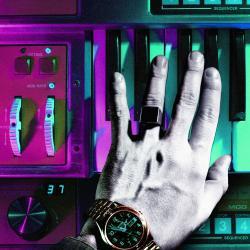 Imagen de la canción 'Tick of the Clock'