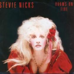 Imagen de la canción 'Rooms On Fire'