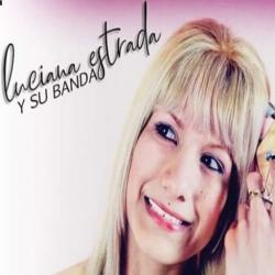 Luciana Estrada y su banda