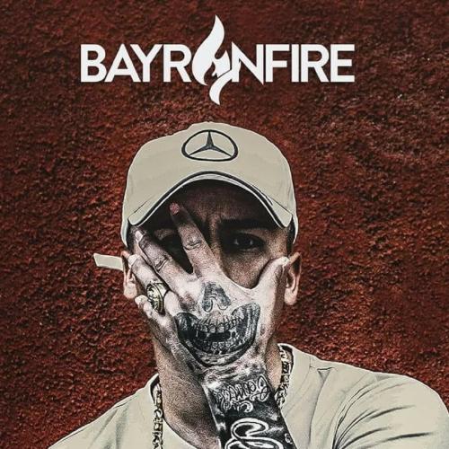 LE GUSTAN LOS MALDITOS letra BAYRON FIRE