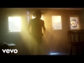 Jason Aldean - Drowns the Whiskey (ft. Miranda Lambert)