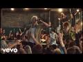Machine Gun Kelly - I Think I'm Okay (ft. Yungblud, Travis Barker)