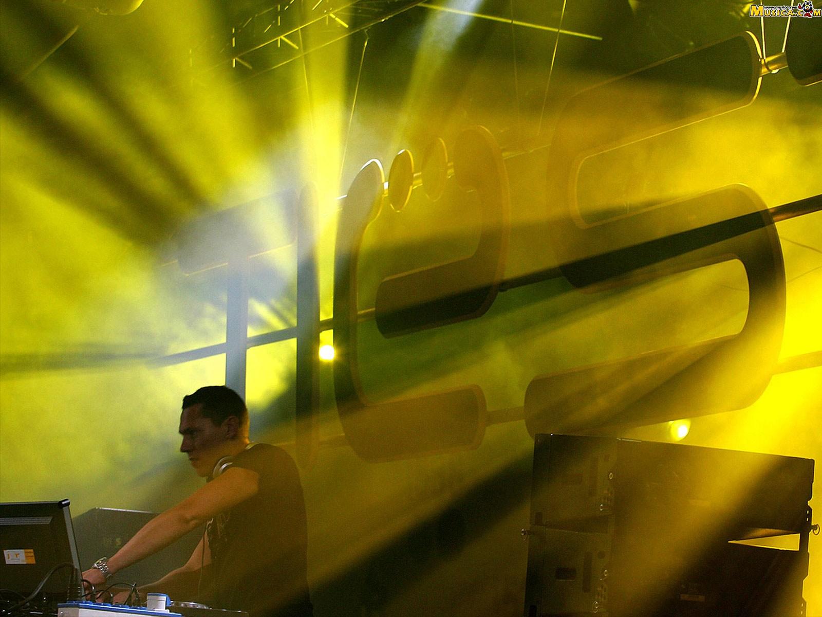 Fondo de escritorio de DJ Tiesto